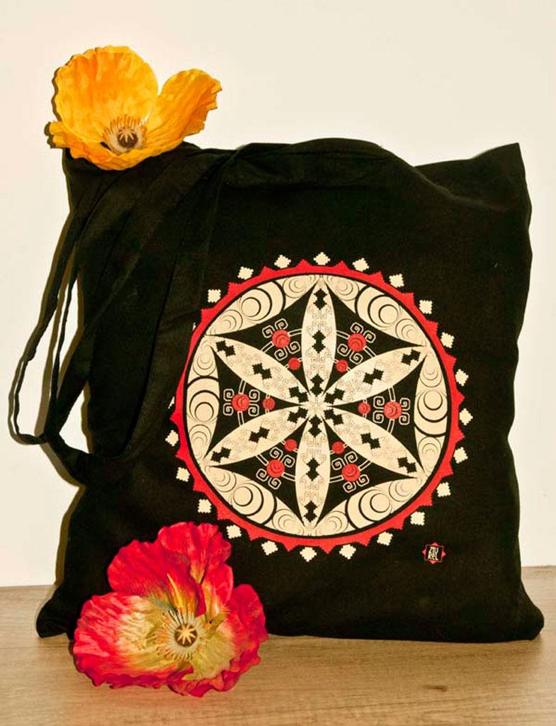 Traista traditionala neagra floarea vietii